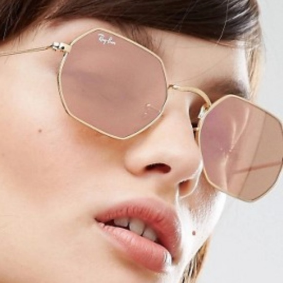 651caa3ef7 Ray-Ban Octagonal Flat Lens in Rose Gold. M 5aa48244a4c485ab64e65f12